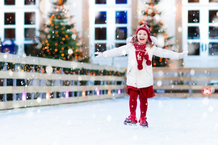 Kids-ice-skating-in-winter.-Ice-skates-for-child.-859143626_727x484
